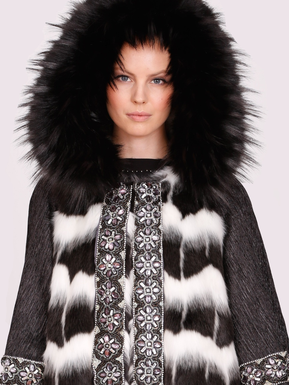 PelushNYC - The Pelush concept has been created to reposition and transform the boundaries of the faux fur world; a ReFAUXlution. Through meticulous research and the selection of the finest Italian fabrics, and the best man-made pelage, each coat is carefully crafted to create a luxurious and elegant experience.A cruelty-free product, Pelush is a wonderful alternative for the modern woman in search of glamour, comfort, and the warmth of a plush coat.