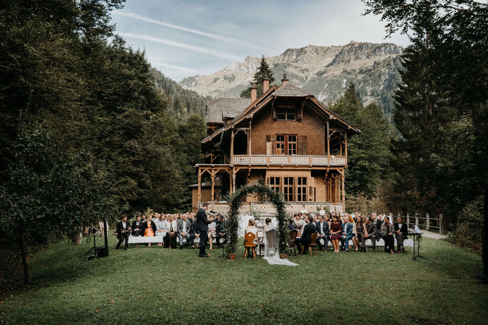 Hochzeit_Claire_Manuel_Villa_Maund_Daniel_Jenny-121.jpg