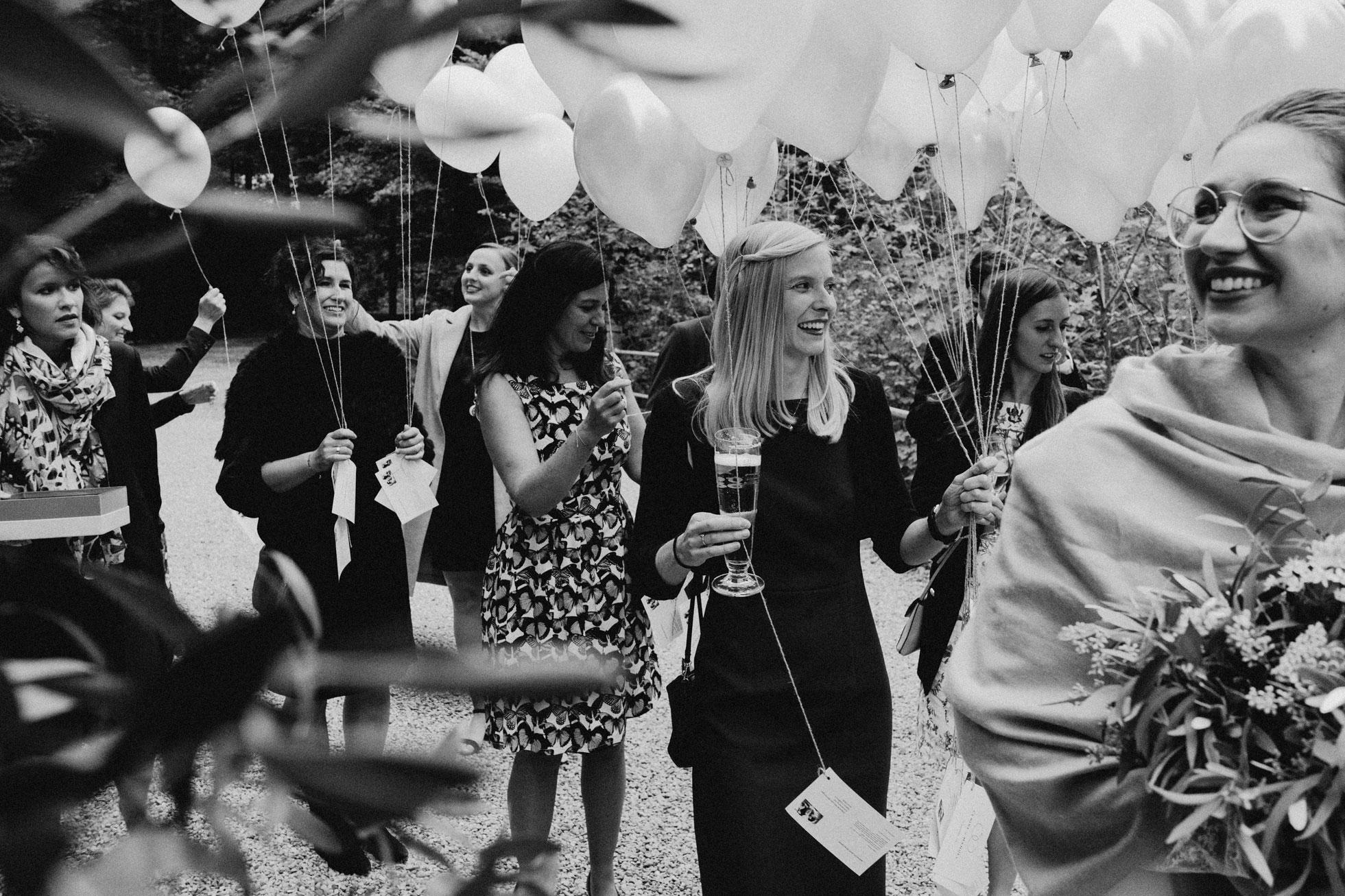 Hochzeit_Claire_Manuel_Villa_Maund_Daniel_Jenny-422.jpg