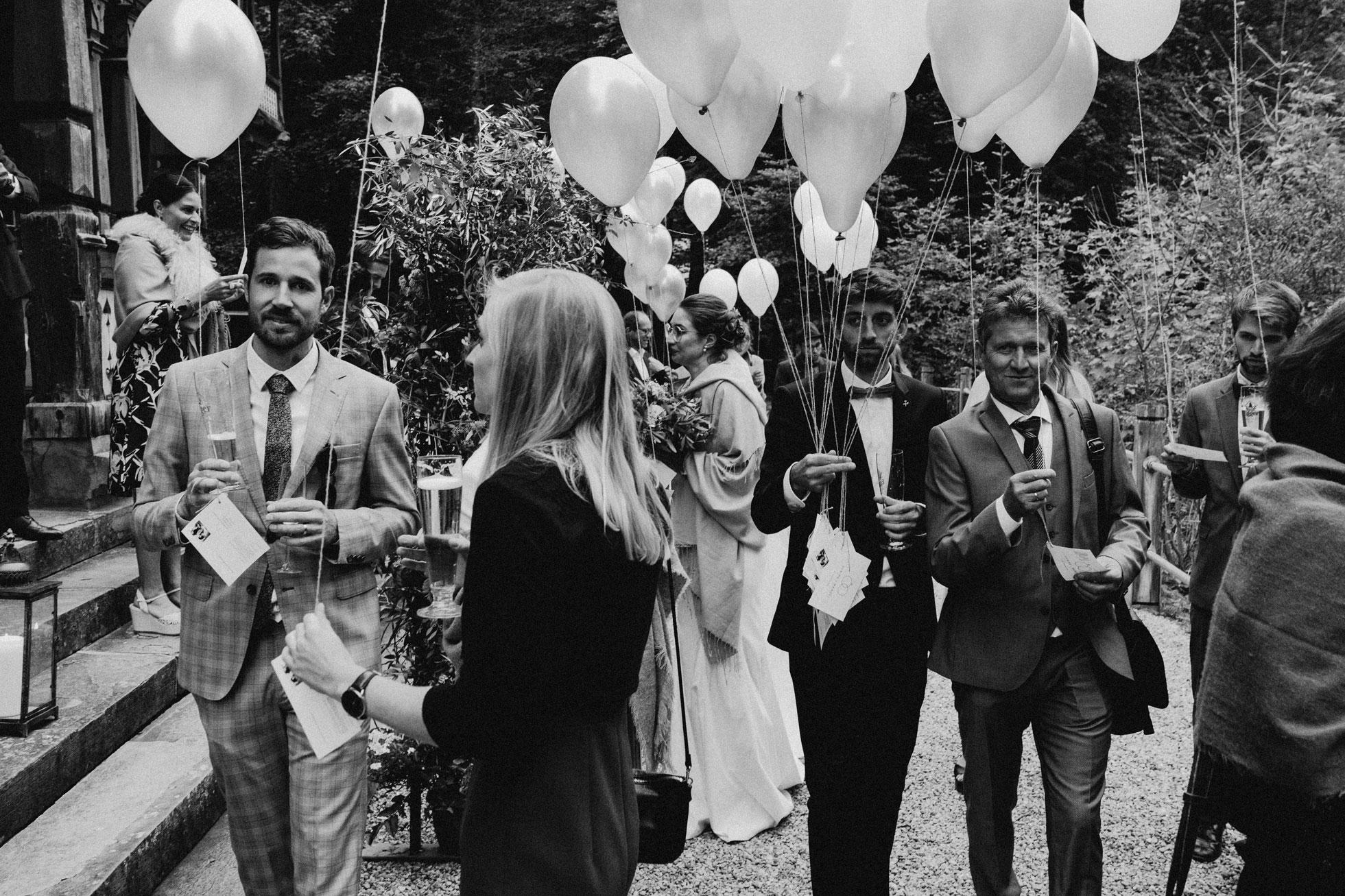 Hochzeit_Claire_Manuel_Villa_Maund_Daniel_Jenny-434.jpg