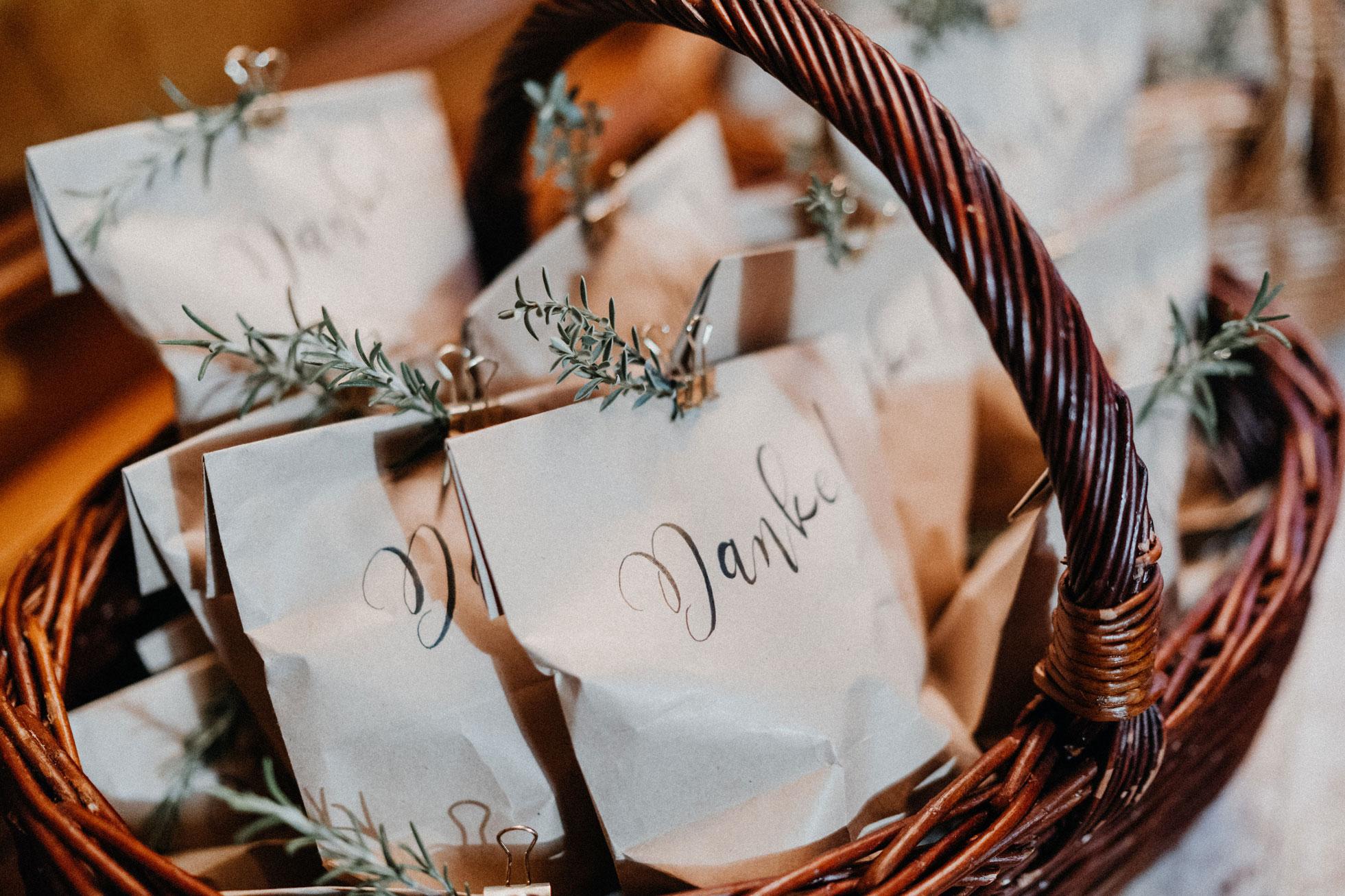Hochzeit_Claire_Manuel_Villa_Maund_Daniel_Jenny-467.jpg