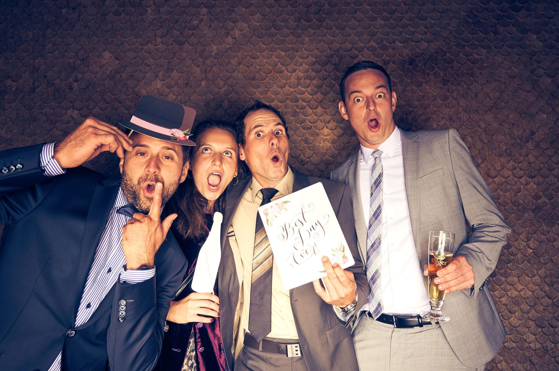 00044_fotomat_0097_hires.jpg