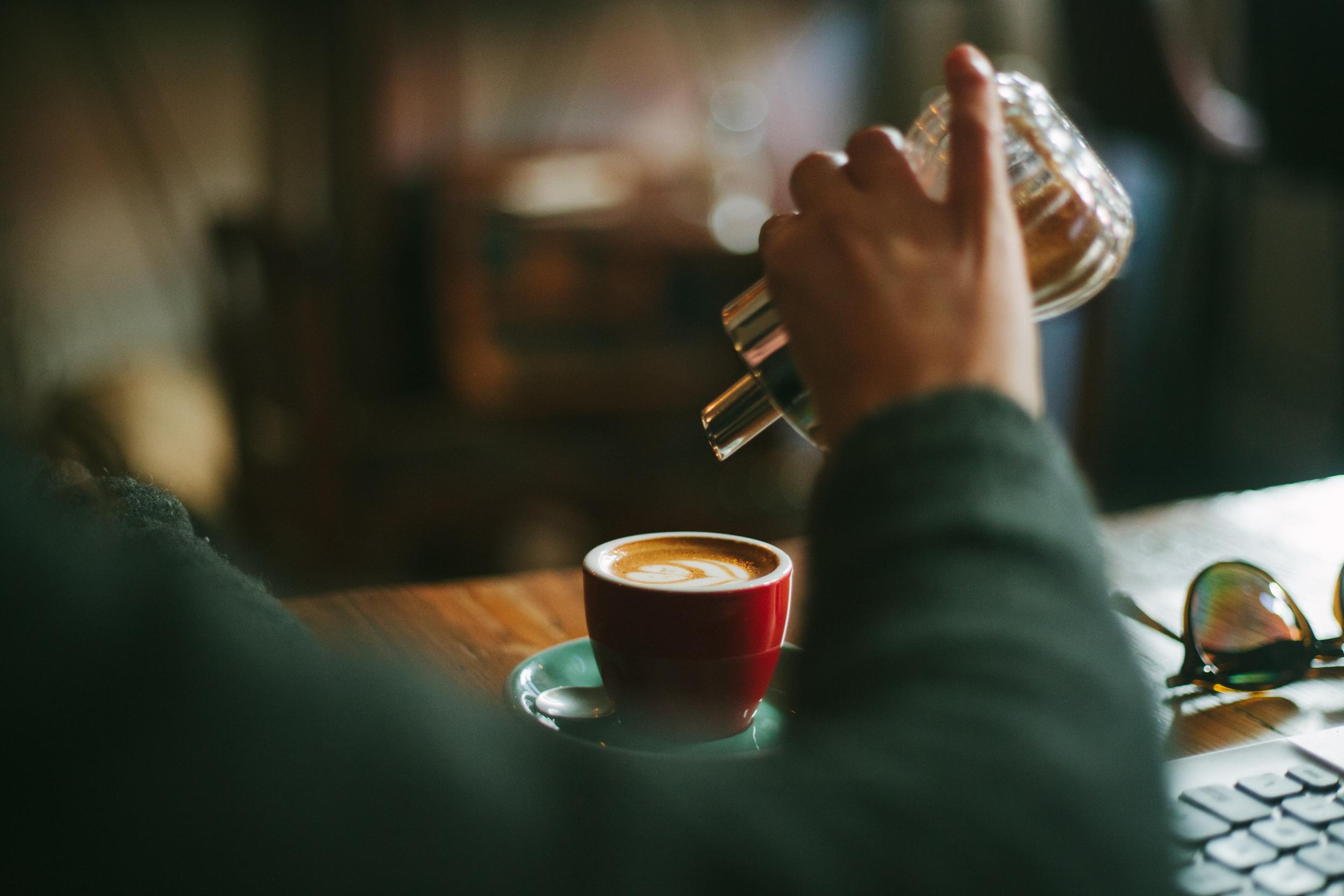 Coffee-Shops-Porto-1.jpg