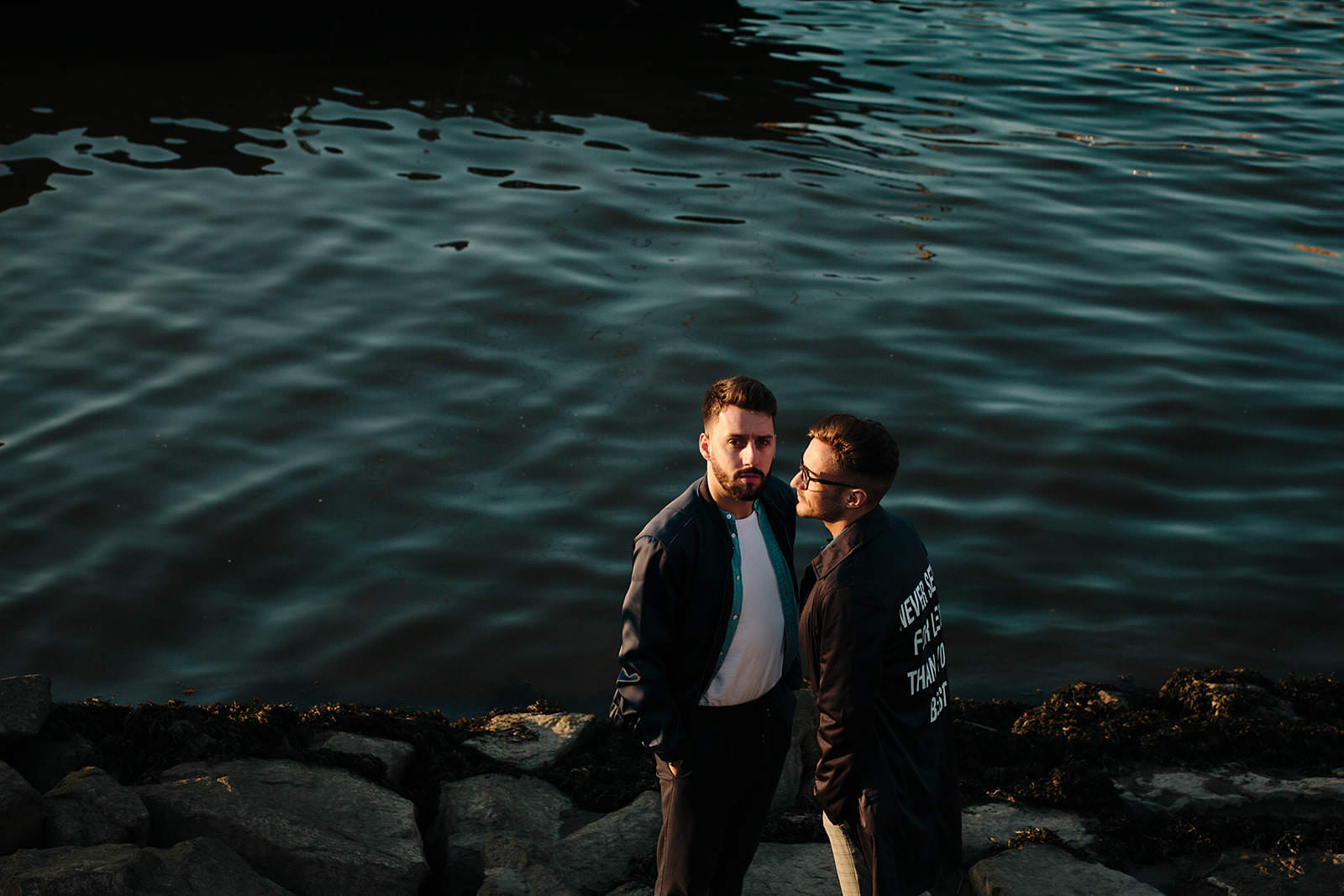 Engagement session in the Douro river