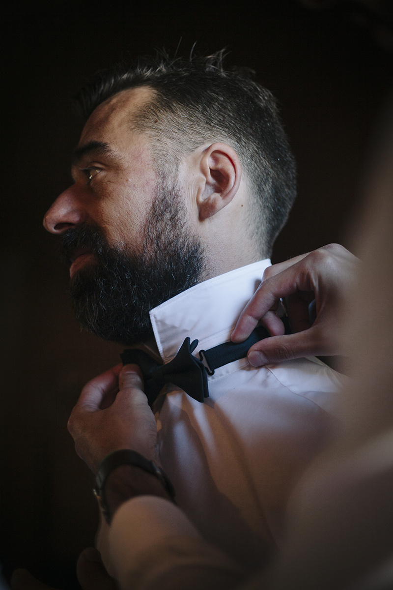 Bow tie detail at the preparation for the wedding