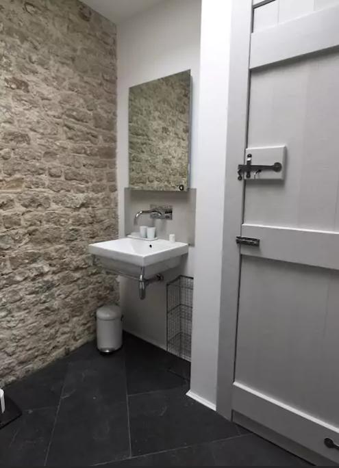 sink2.PNG