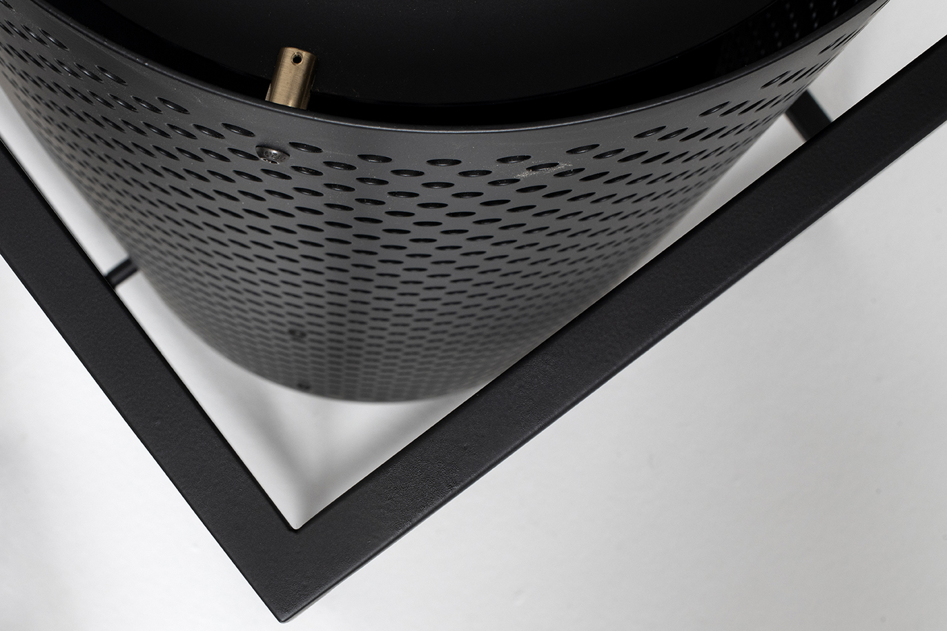 techne-tall-shelving-detail2.jpg