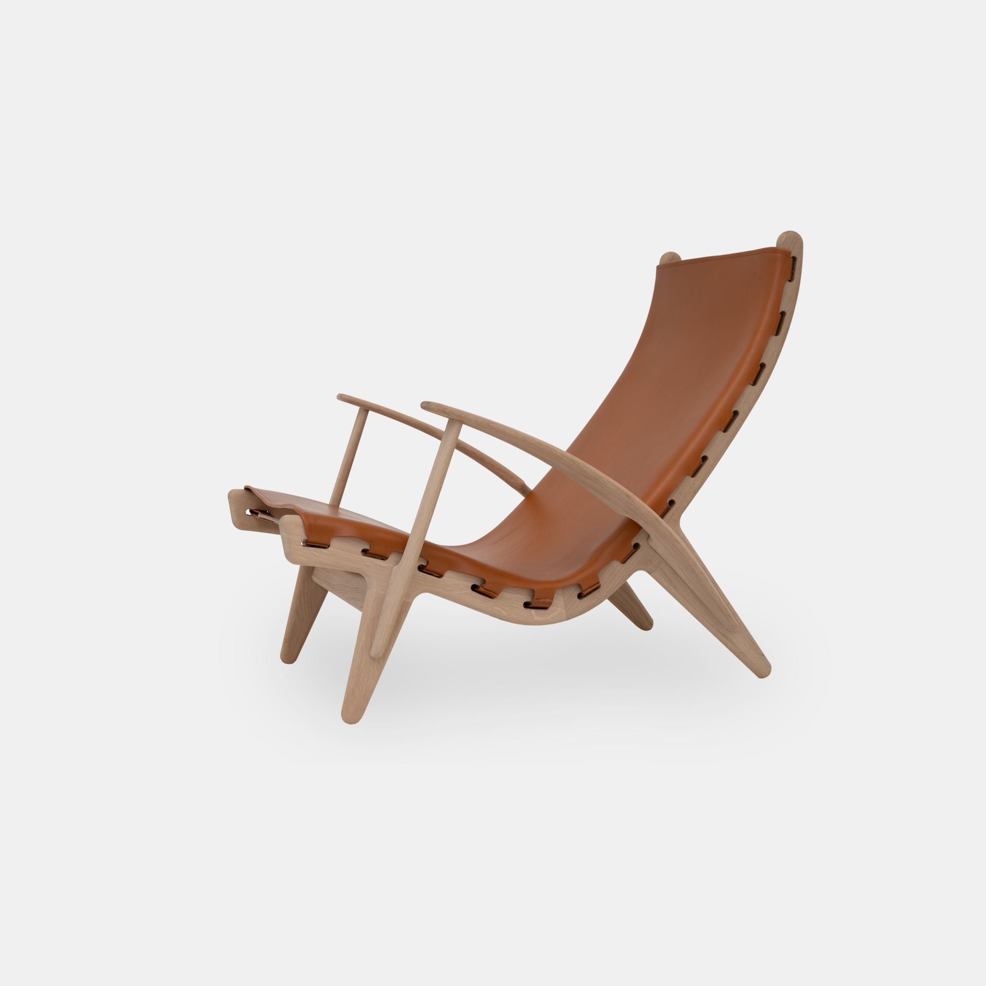 Klassik Studio King's Chair - Oak/Cognac