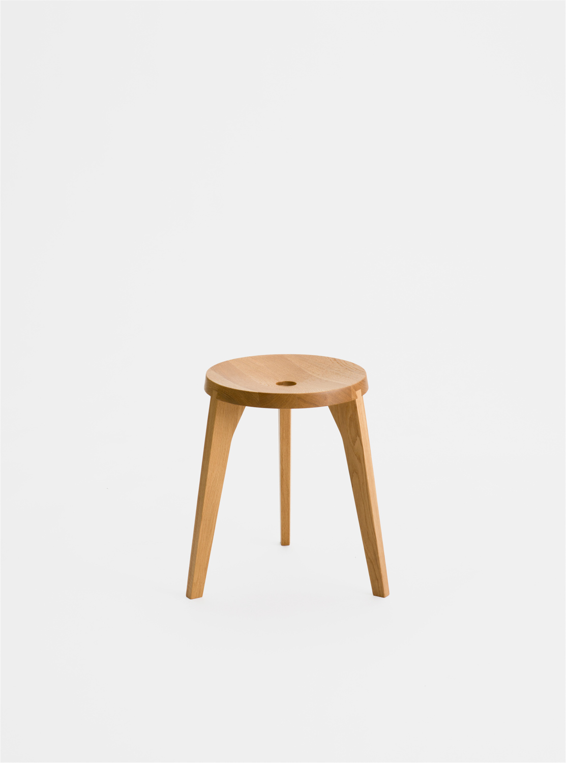 Ariake Dovetail Stool - 3 leg - Oak