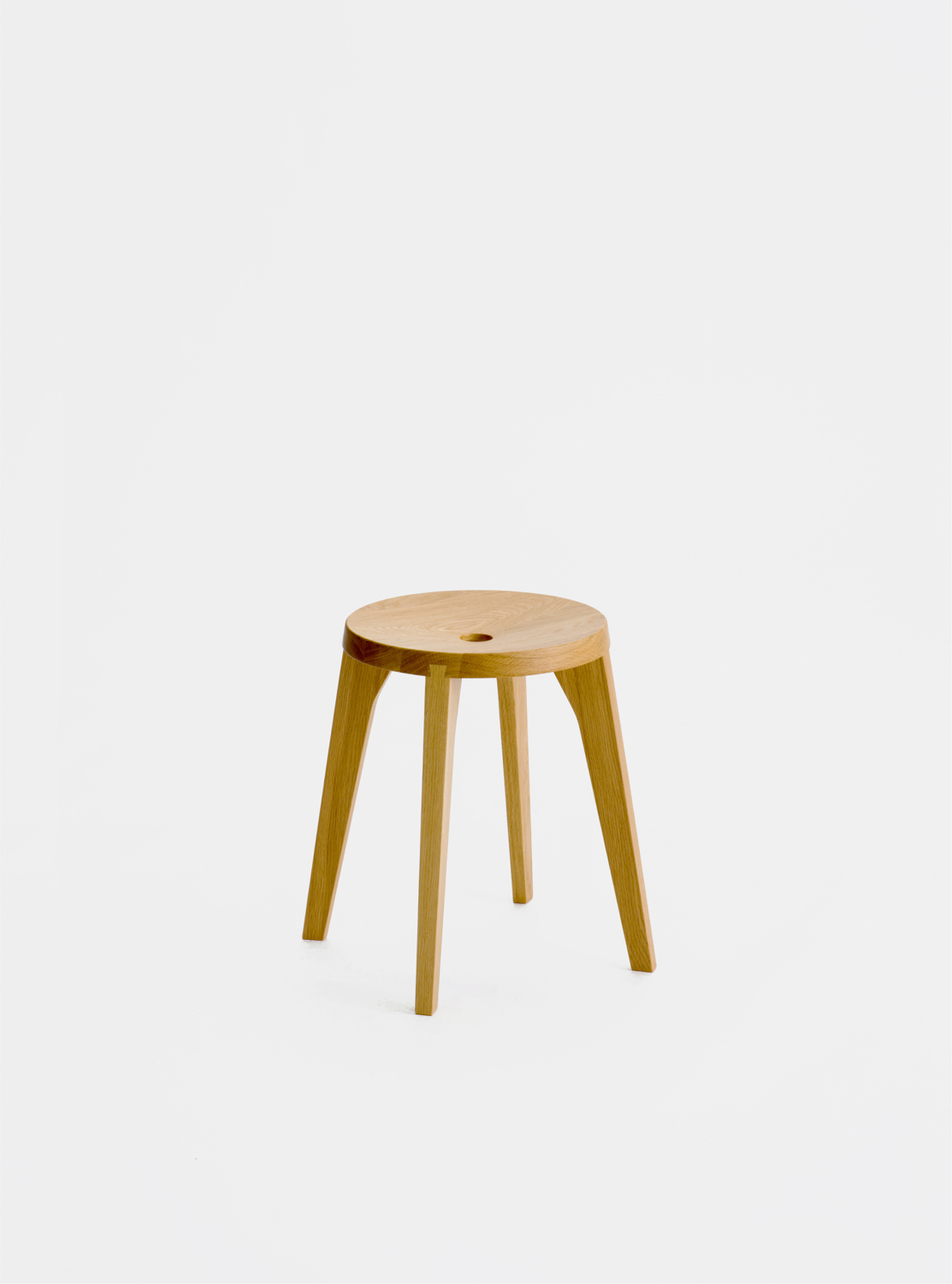 Ariake Dovetail Stool - 4 leg - Oak
