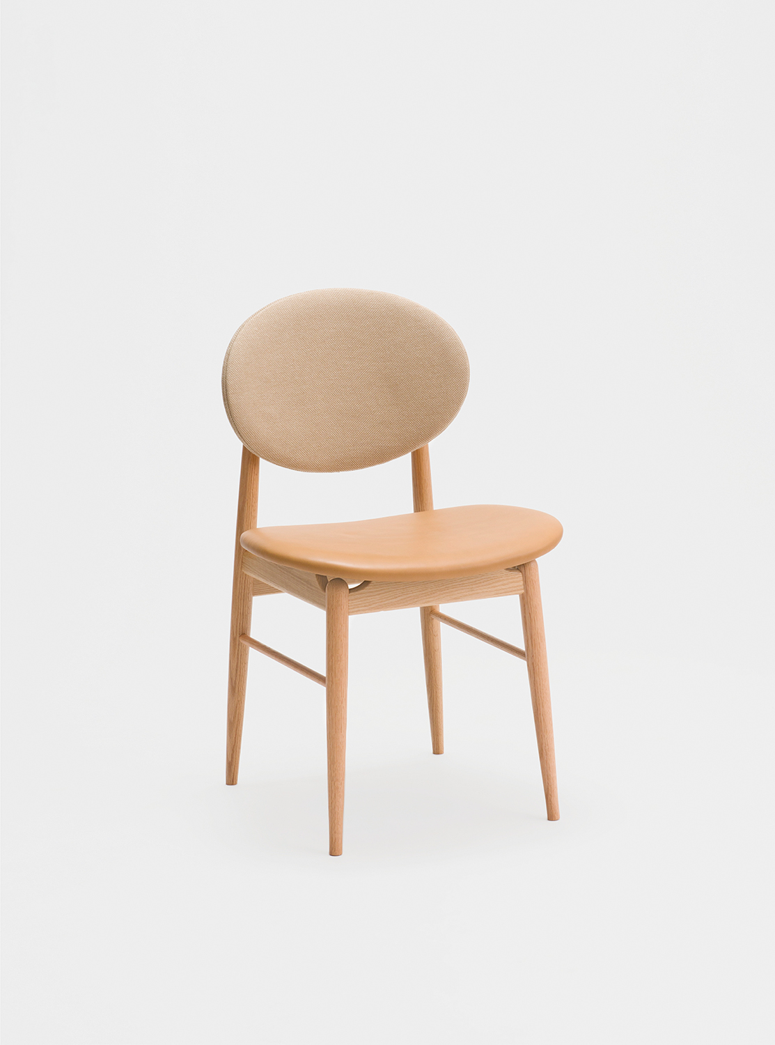 Ariake Outline Chair - Oak/Leather Seat & Fabric Back