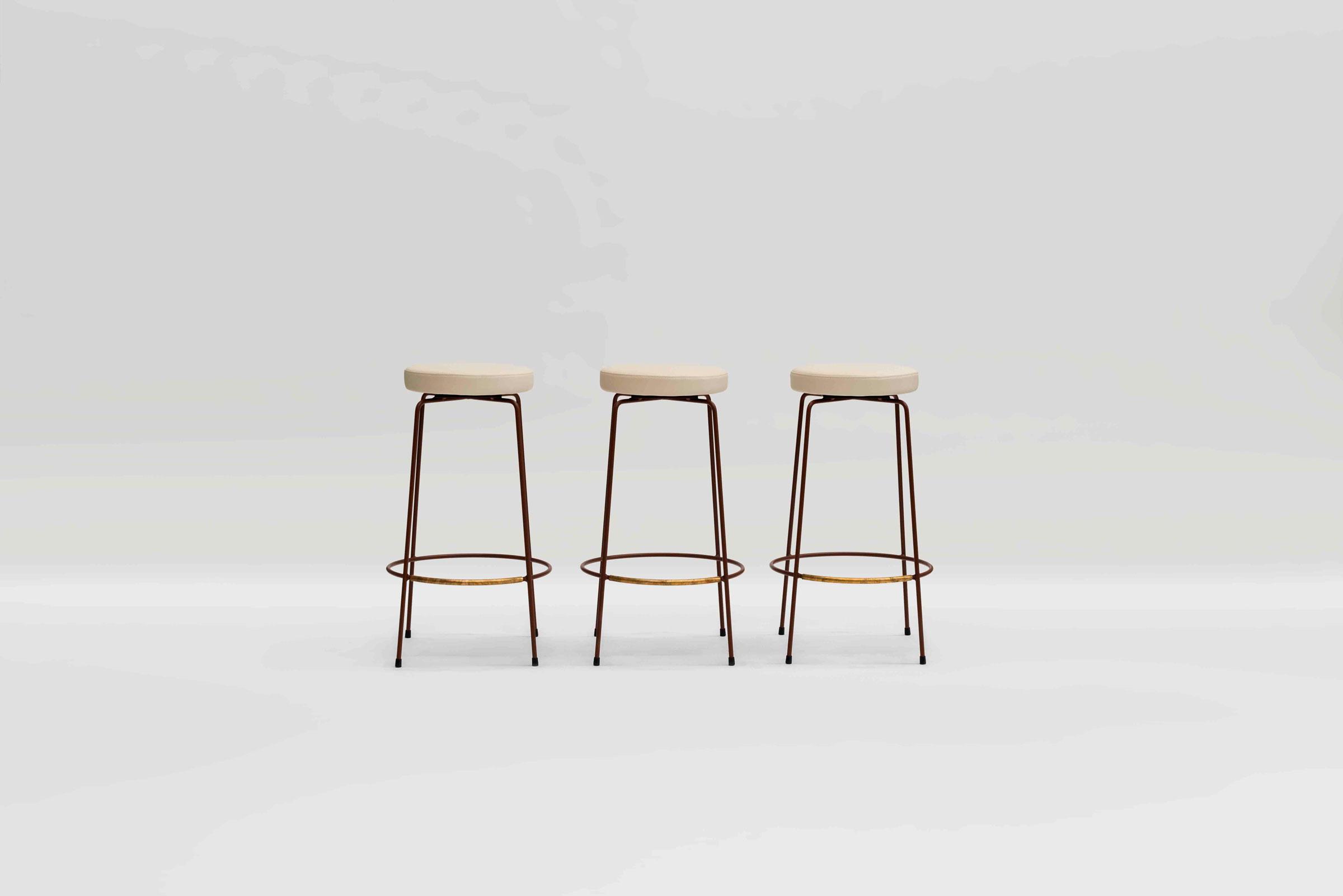 diiva-no-back-stool.jpg