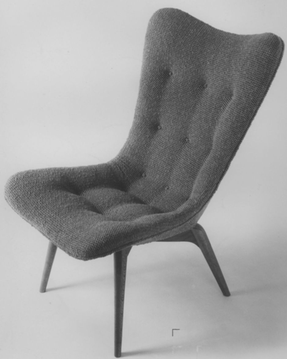 R152_contour_chair_featherston.jpg