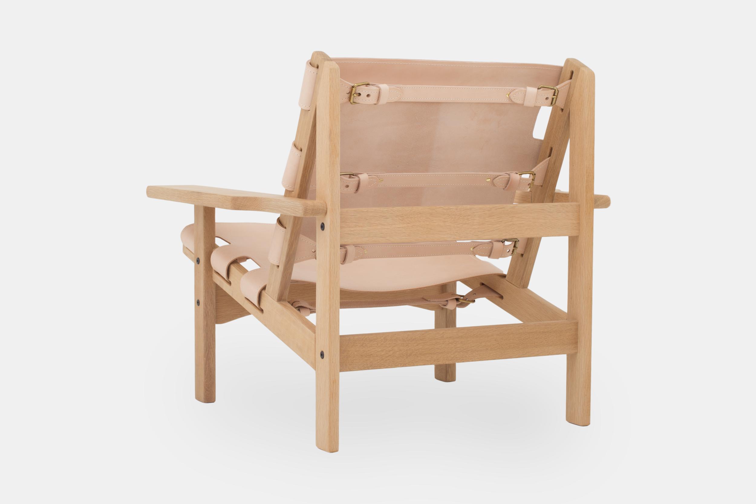 hunting-chair-light-oak-3.png