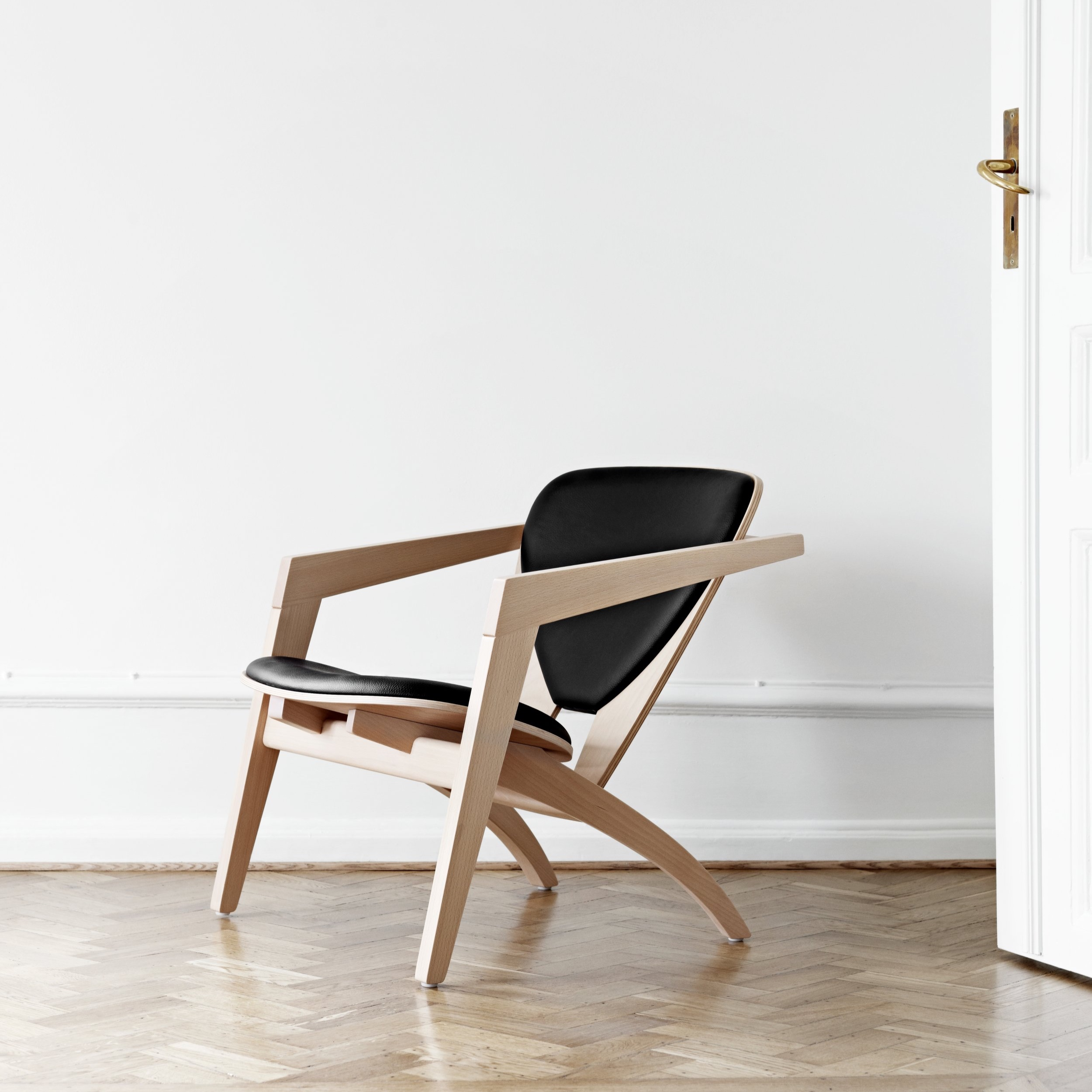 The GE 40 Butterfly Chair by Hans Wegner, 1977