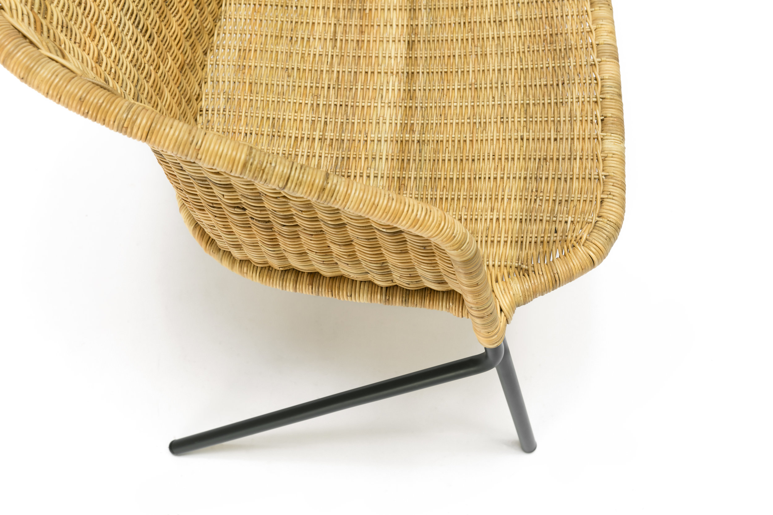 The Kakī Lounge Chair