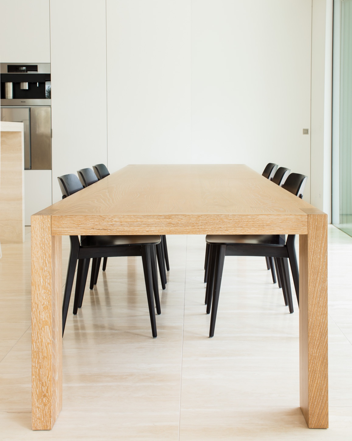 Lowe_furniture_heta_lowe_furniture_oak_table_gestalt_new_york_2.jpg