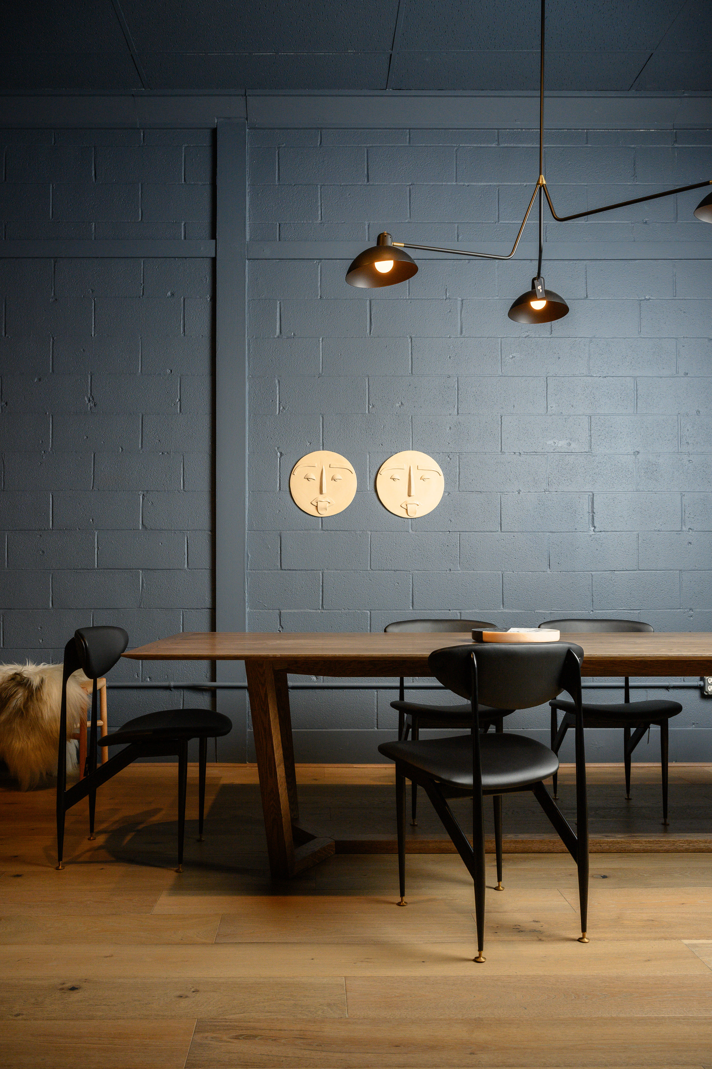 Atticus Table with Grant Featherston Scape Chairs