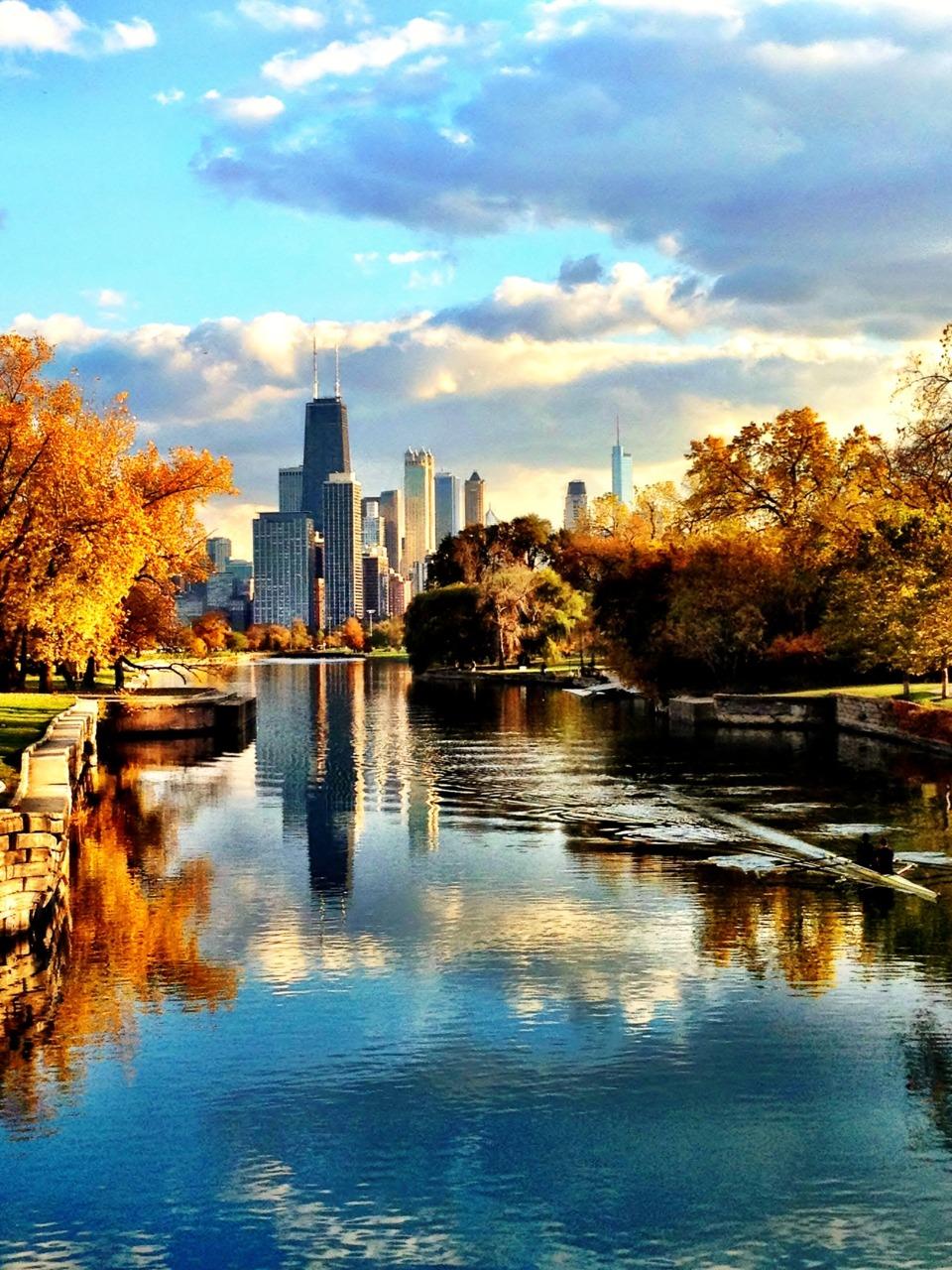 chicago-fall-waterway-zipitclunt- tumblr_lu5b9e9dYn1qjhhsgo1_1280.jpg