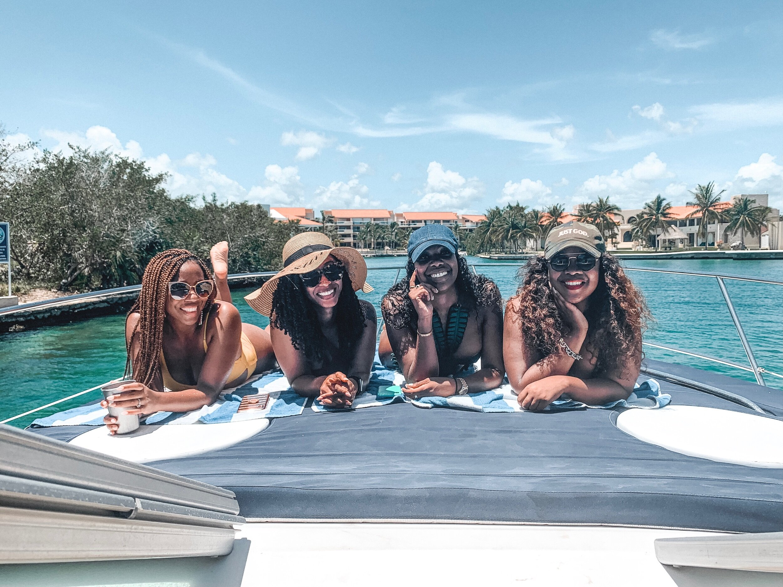 Sheena Marie and friends on yacht in Puerto Aventuras