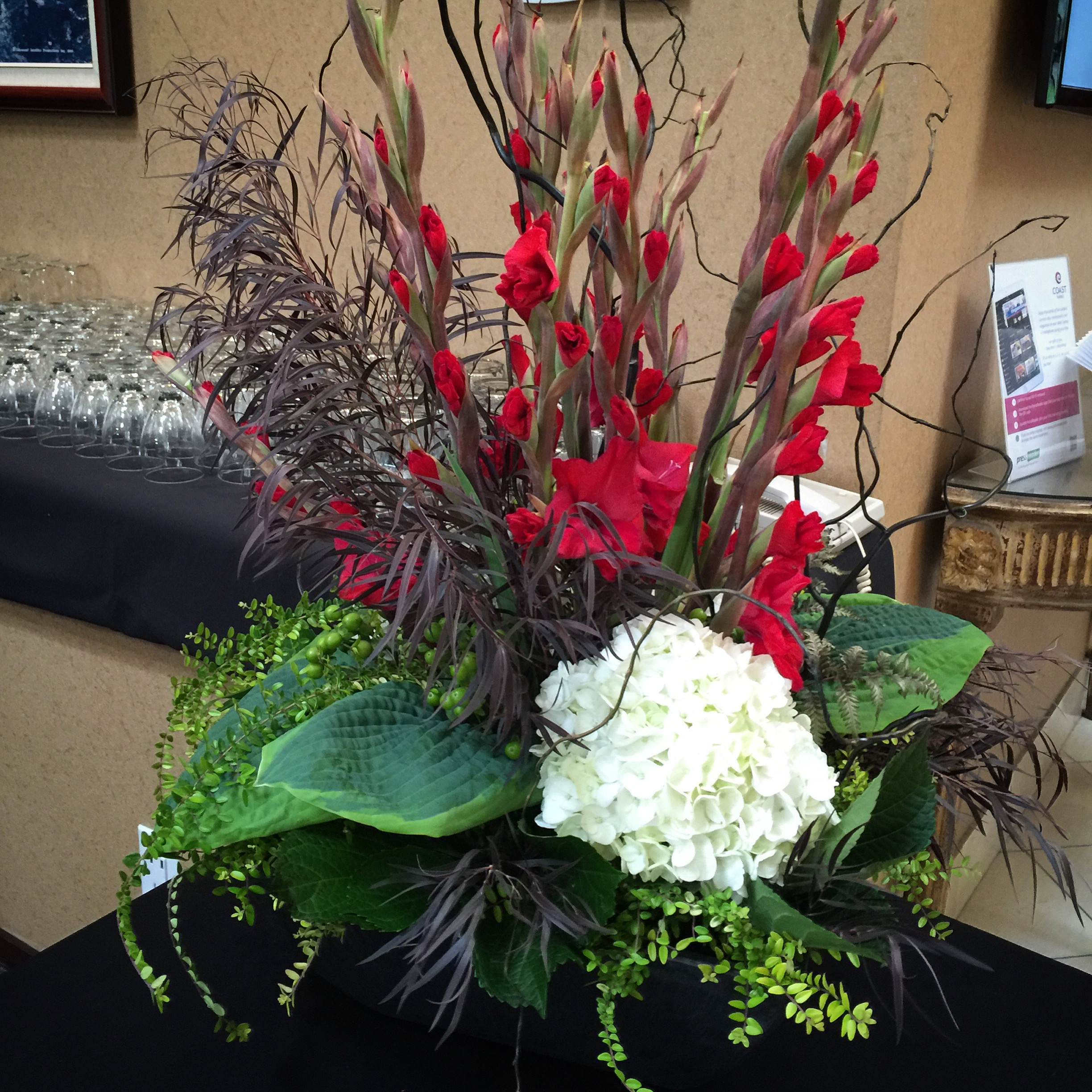 Budget Blooms table center (14).JPG