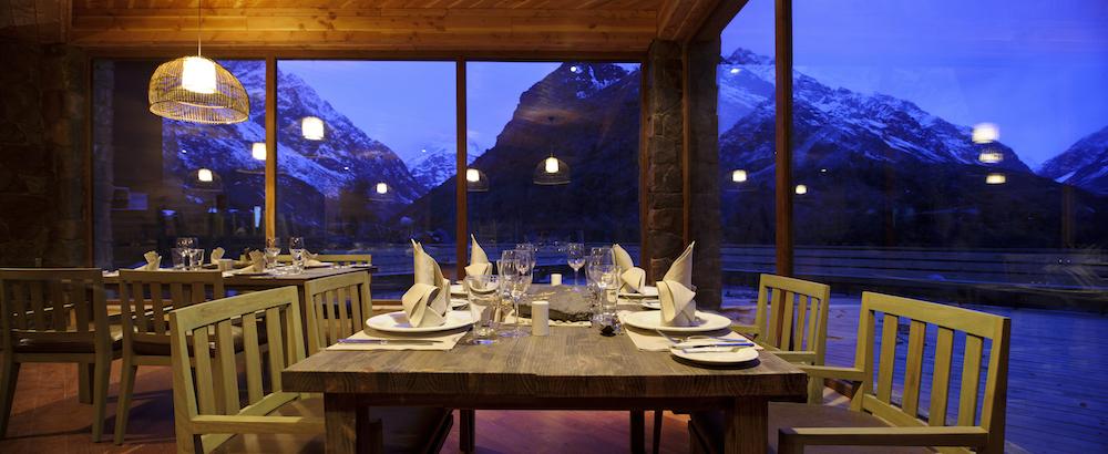 NOI Puma Lodge - Restaurants - Dinner Indoor 1.jpg