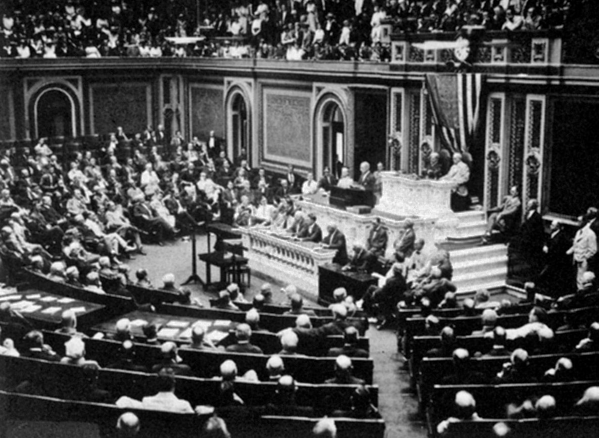 Above:  President Wilson addresses Congress regarding war in Europe.