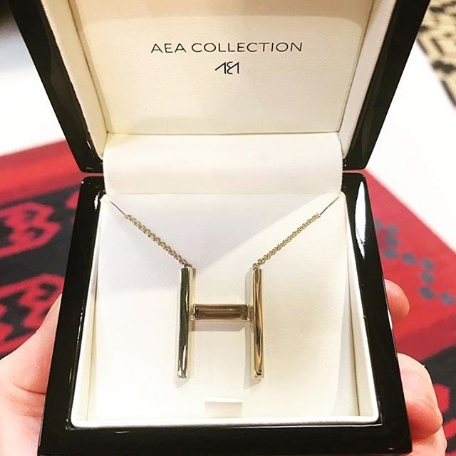 Repost of the H Identity necklace in 18k gold with cognac citrine in its lux packaging.