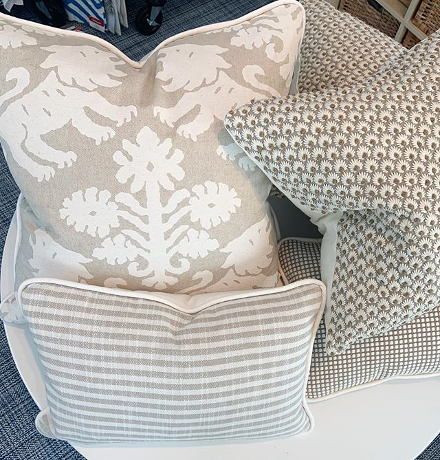 The Chatham Design Center delivers on helping our members find the perfect fabrics to make gorgeous pillows for their home.  We can help you, too!  This combination plus an additional tonal  plaid from Kravet will sit on a loveseat and nearby sectional✨ @scalamandre @pollacktextiles @insideoutperformancefabrics @schumacher1889  #spacematters #designcenter #designresource #design #pillows #decor #pattern #interiordesign #wearehereforyou @chathamdesigncenter