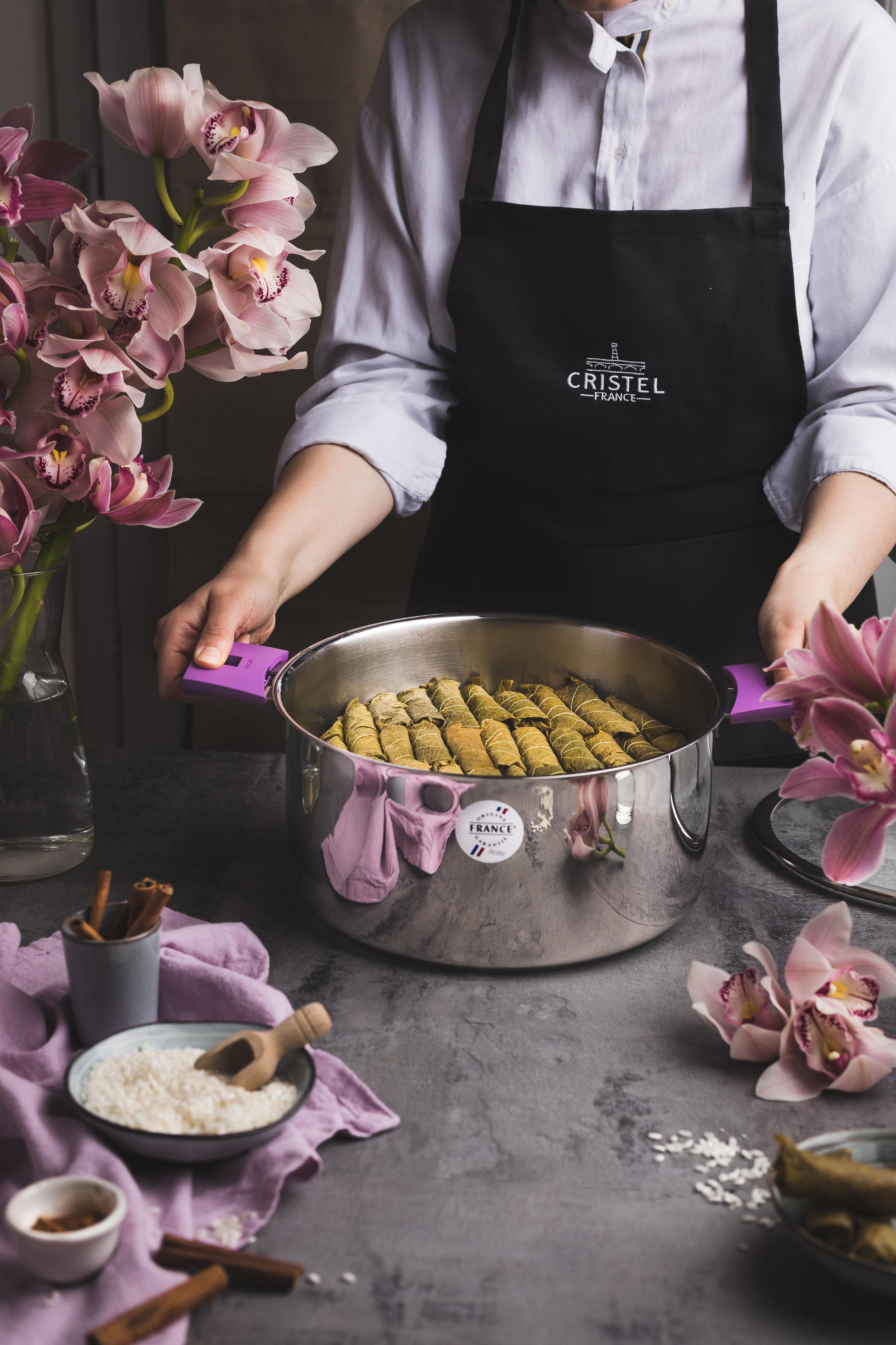 Feuilles de vignes farcies au riz à la Libanaise cuites dans le faitout Mutine de CRISTEL France.