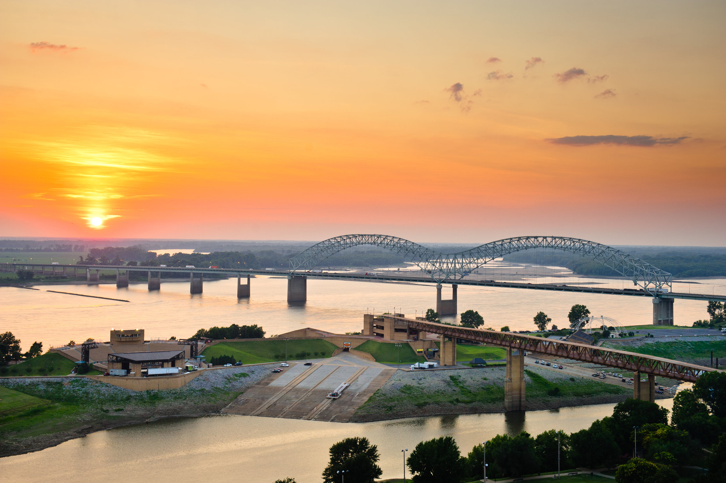 Why Is Memphis The Logistics Hub of America?
