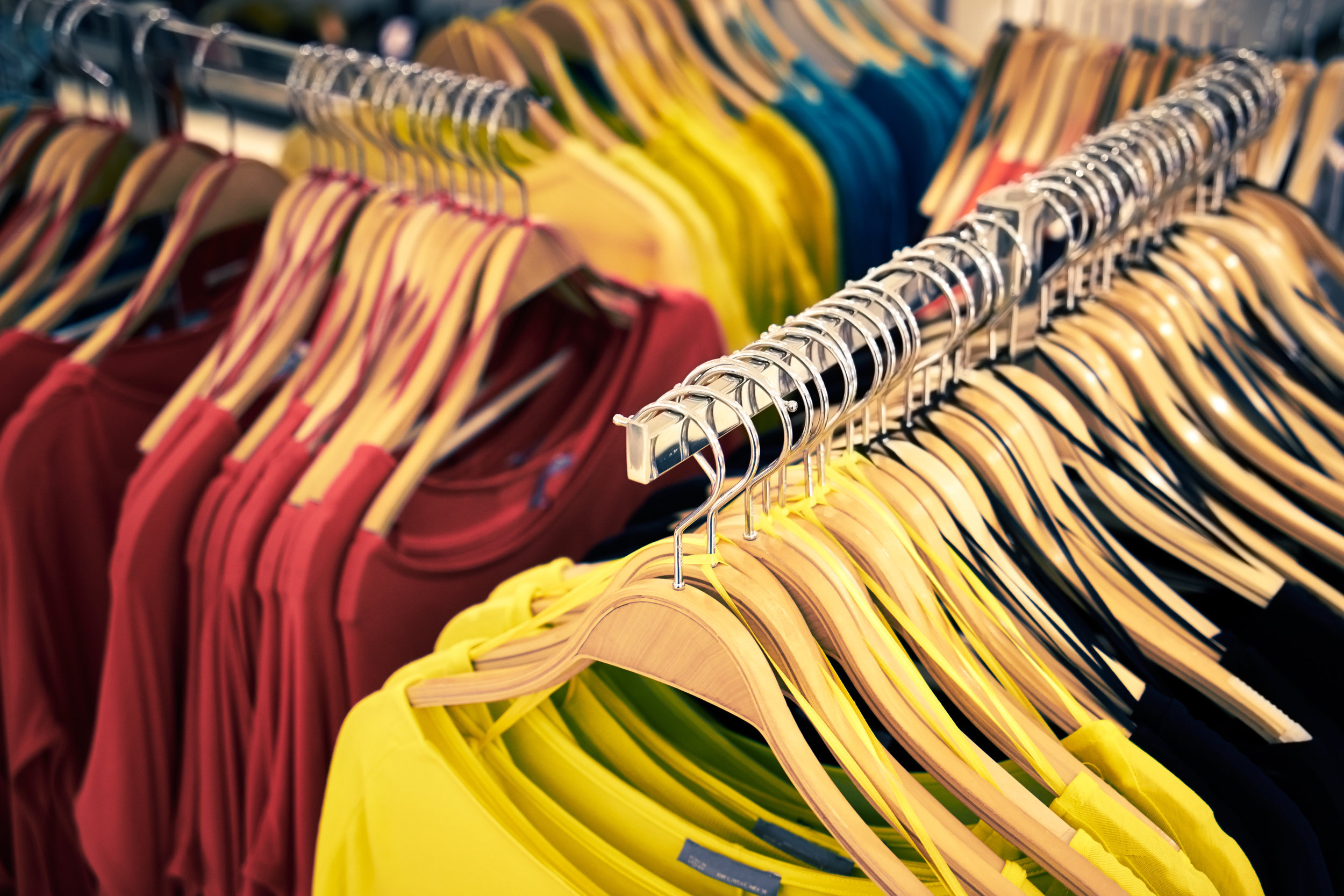 Apparel & Clothing Fulfillment: Streamlining the Warehouse