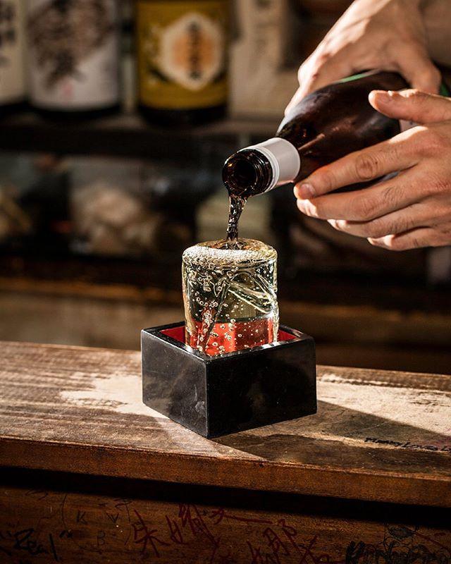 Thanks @jbonne @punch_drink 💖  This is the art of sake pouring ⚡️  📸 @ericmedsker ・ ・ ・ #🍶 #sakebardecibel #decibel #decibelnyc #decibelny #nycbars #undergroundbars #hiddenbarsnyc #sakebar #instadrinks #sakeheaven #izakaya #izakayanyc #nyceats #nycfoodies #nycfood #japanesefood #innovativefoods #nyc #eastvillage #instafood #foodporn #nomnom #comfortfood #foodie #littletokyonyc #sake #sakepouring #cheers #japanesesake