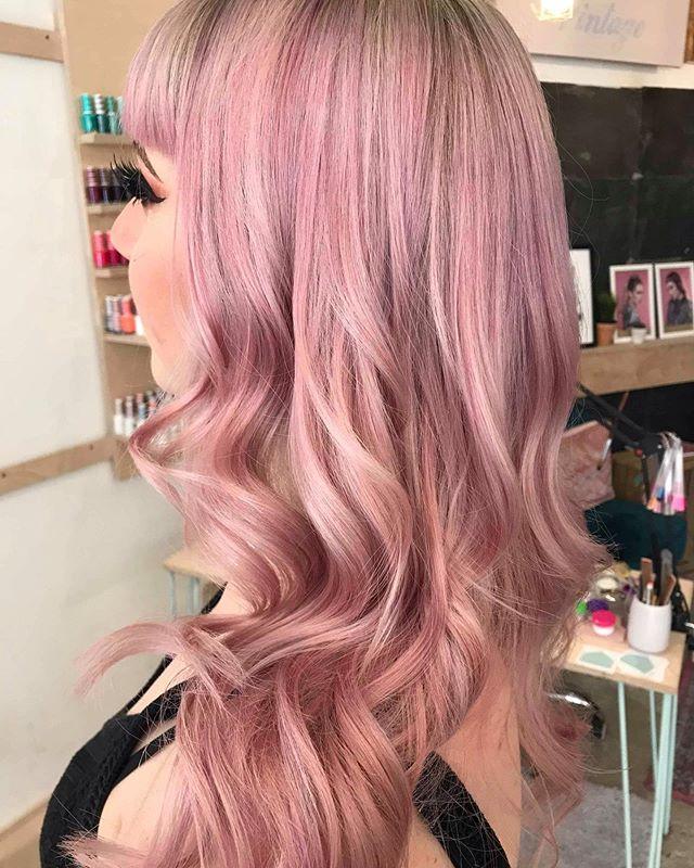 Dreamy locks by @chlogriff  #haircolor #vhs #dreamteam #pink #pastel #shine #olaplex #creative #wave #bespoke #booknow #hairoftheweek #hairofinsta