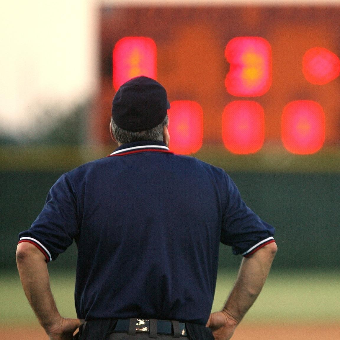 umpire-1599593_1920.jpg