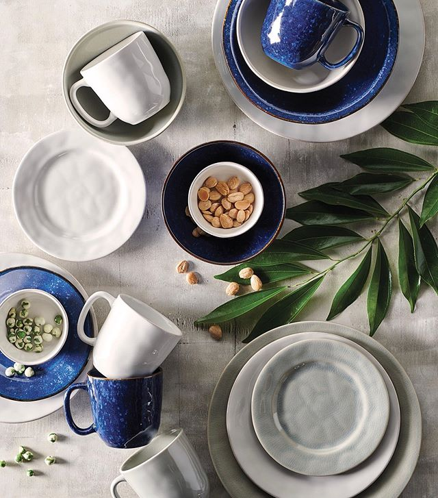 The perfect neutral canvas for the purist #tabletop #juliska #puro . . . . #tablescape #tablesetting #placesetting #setthetable #stoneware #charlestonstreet #registry