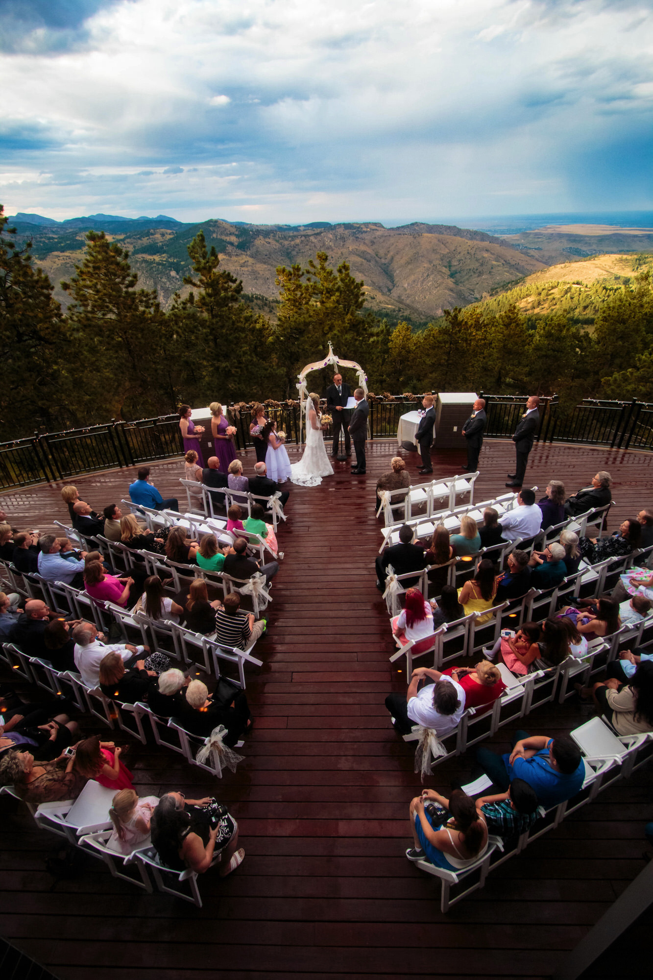 wide vertical ceremony scene during a mount vernon canyon club wedding captured by tomKphoto