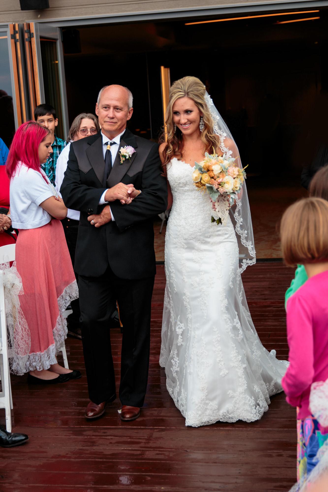 mount-vernon-canyon-club-wedding-026.jpg