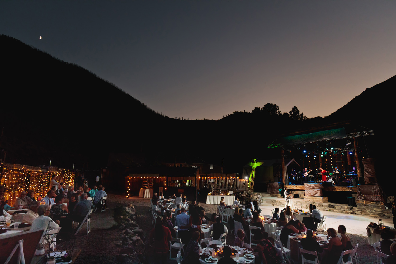 mishawaka-amphitheatre-wedding-photographer-tomkphoto-111.jpg