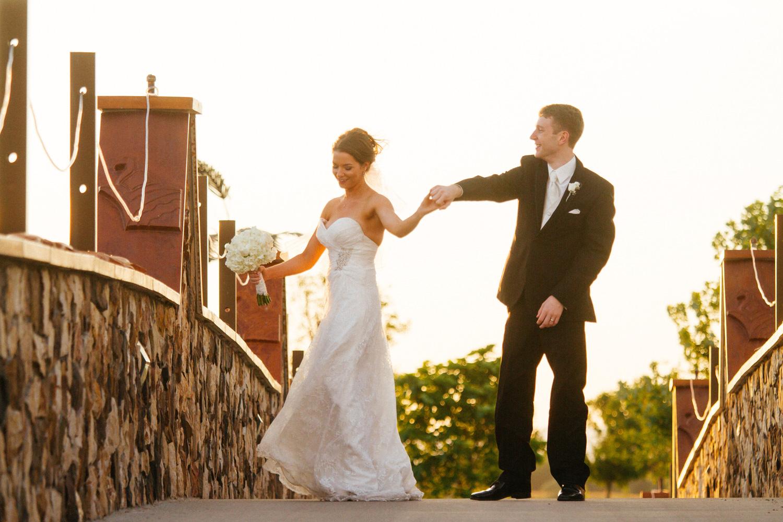 pelican-lakes-weddings-windsor-tomKphoto-001.jpg