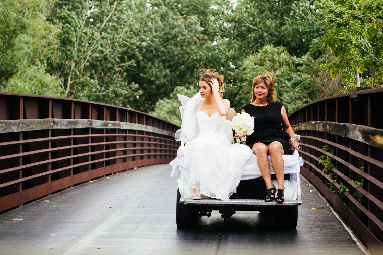 pelican-lakes-weddings-windsor-tomKphoto-013.jpg