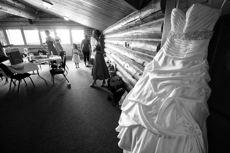 pelican-lakes-weddings-windsor-tomKphoto-048.jpg