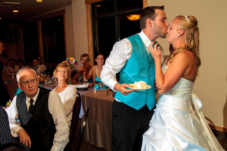 pelican-lakes-weddings-windsor-tomKphoto-069.jpg