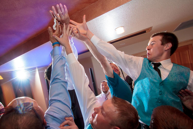 pelican-lakes-weddings-windsor-tomKphoto-080.jpg