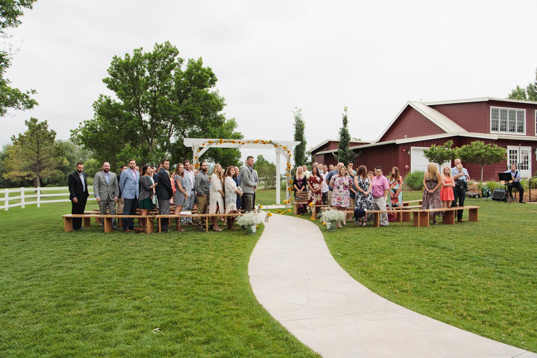 barn-at-raccoon-creek-wedding-photographer-015.jpg