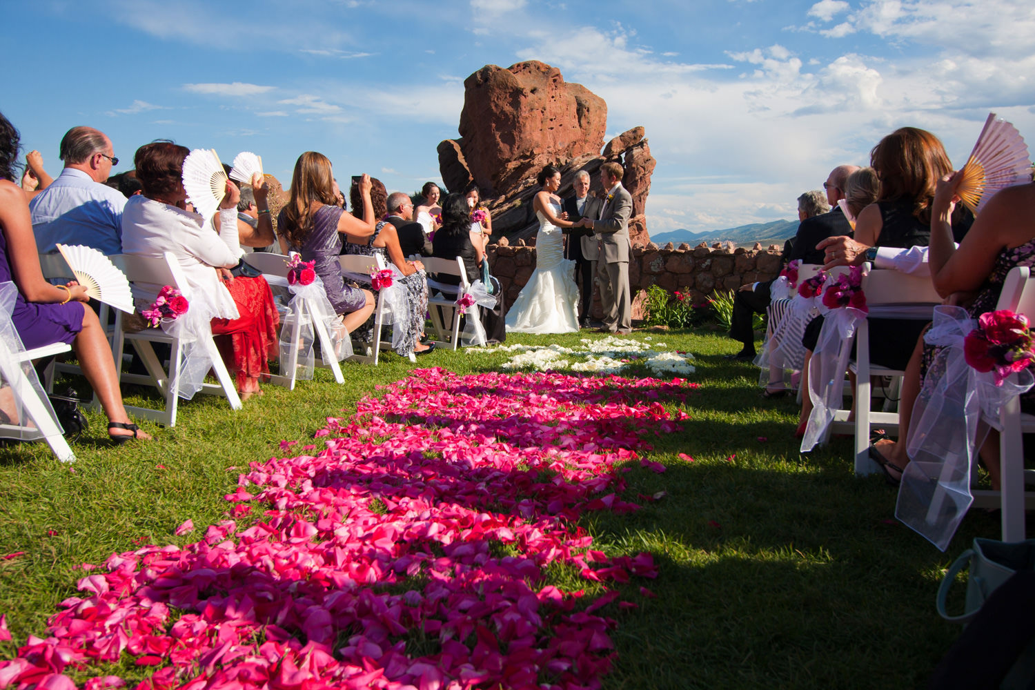 red-rocks-wedding-photographer-denver-tomKphoto-037.jpg