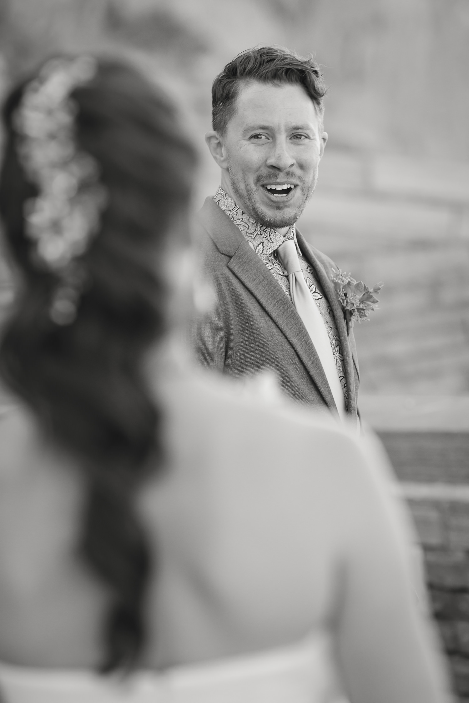 red-rocks-wedding-photographer-denver-tomKphoto-050.jpg