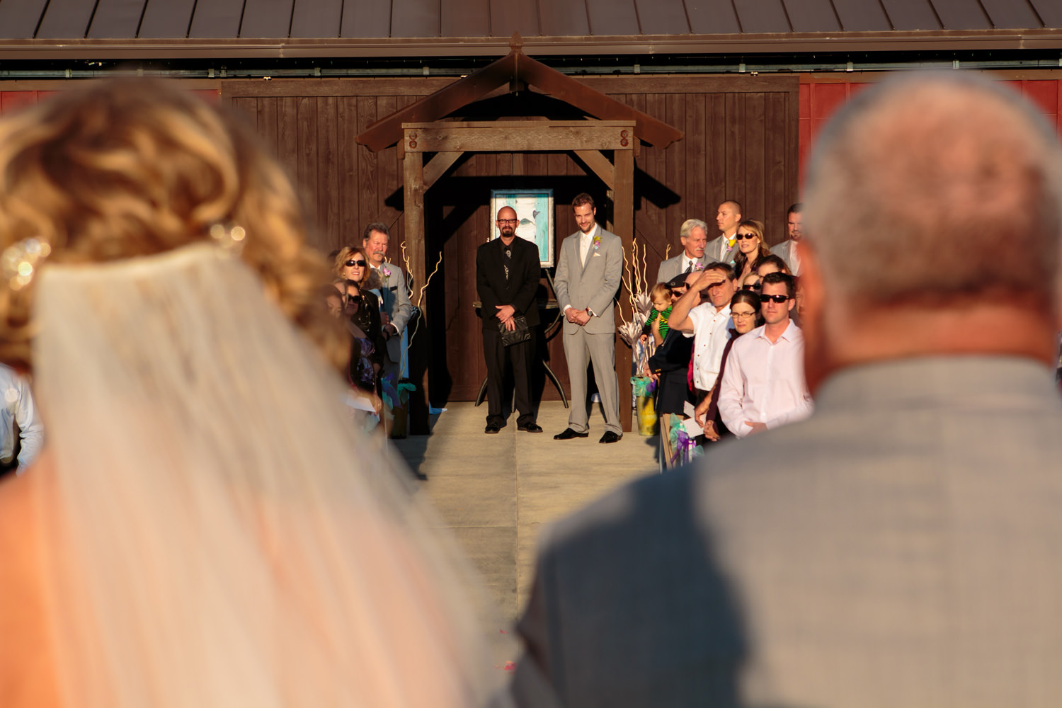 big-red-barn-highland-meadows-wedding-golfcourse-windsor042.jpg