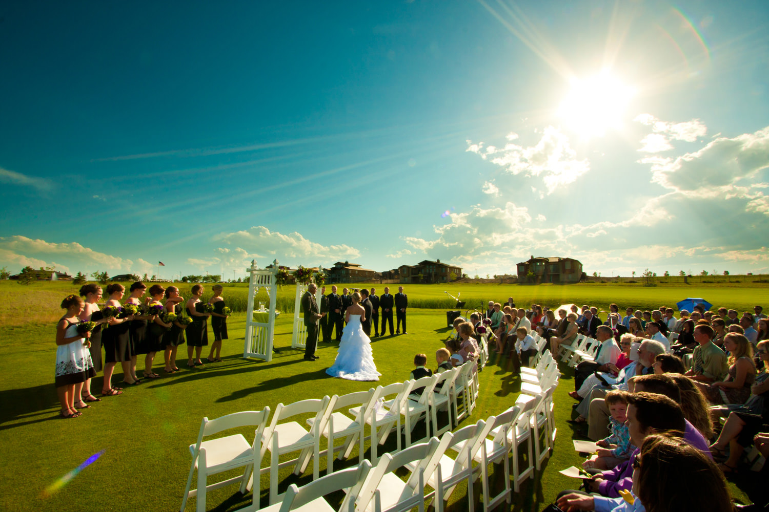 big-red-barn-highland-meadows-wedding-golfcourse-windsor057.jpg