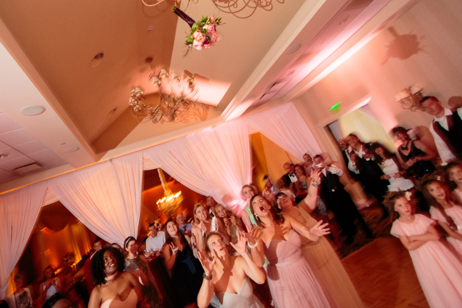 lakewood-country-club-wedding-photographer-tomKphoto-048.jpg